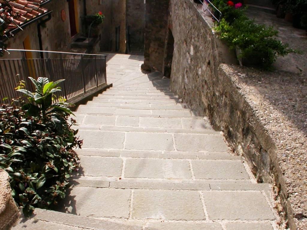 Lastrico Castelnuovo Val di Cecina