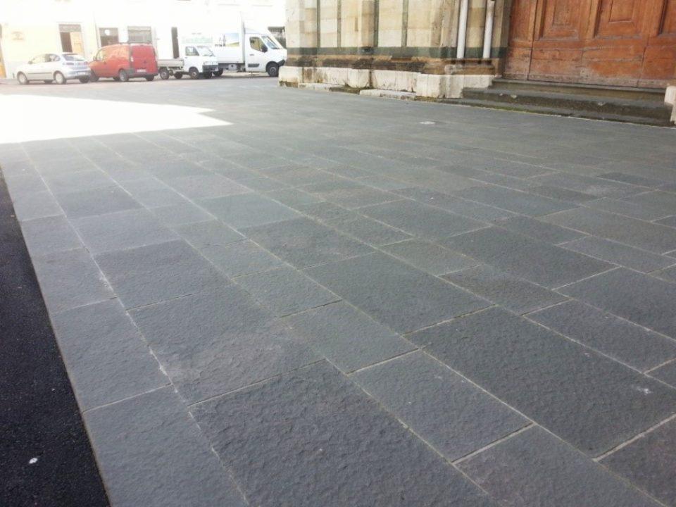 Lastrico Prato Piazza San Domenico