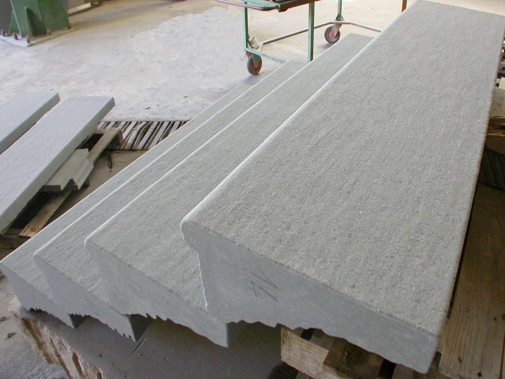 Preparazione di una scala di Pietra Macigno