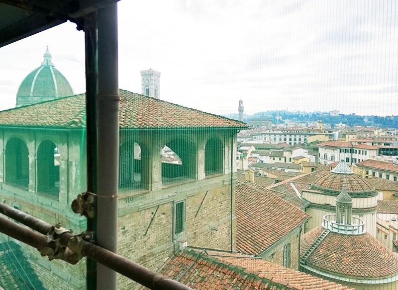balaustrini di Pietraforte del campanile della Basilica di San Lorenzo